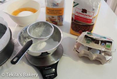 sokerikakkupohja aineet