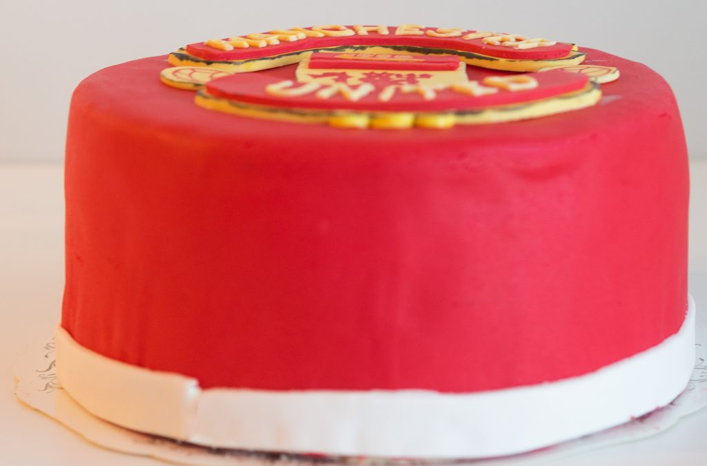Manchester United kakku – ManU täytekakku