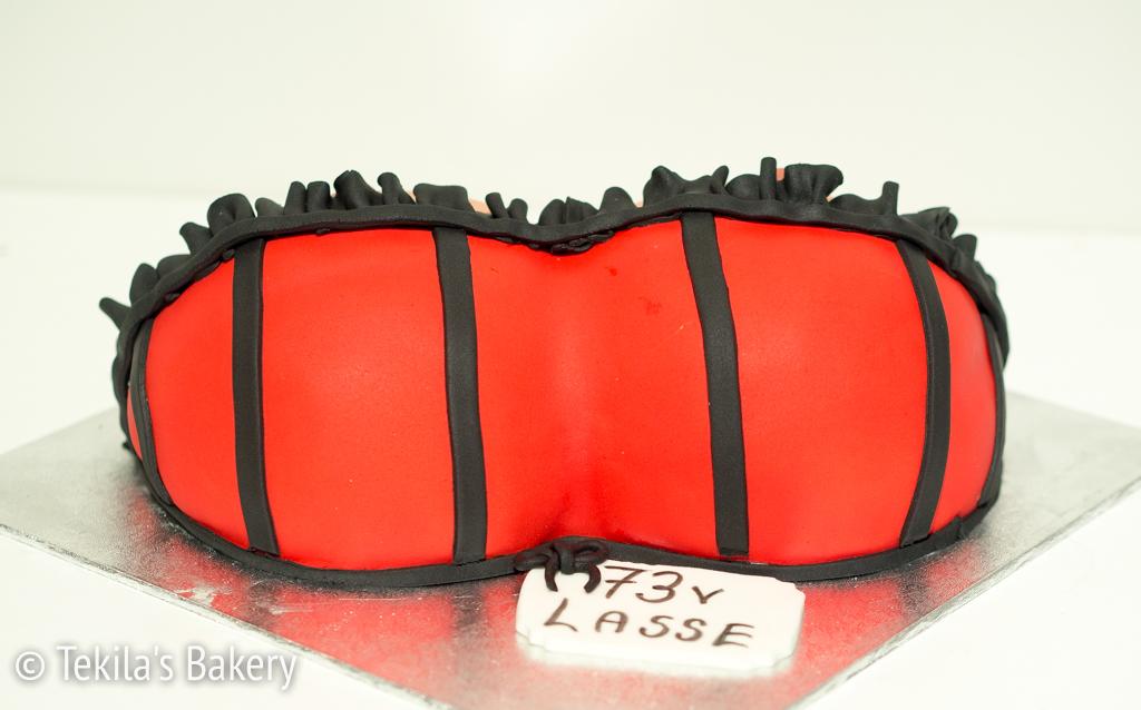 Boob Cake / tissikakku