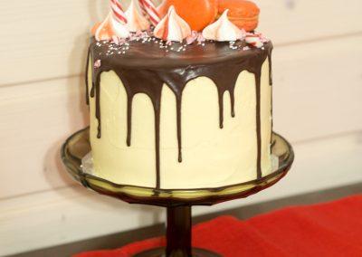 jouluinen drip cake-1