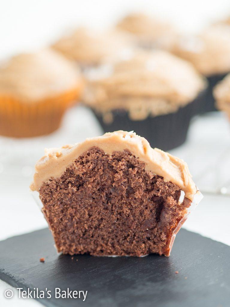 tuplasuklaa muffinssi suola-kinuskikreemilla-14