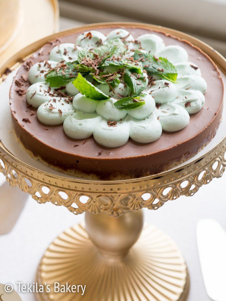 Viljaton, maidoton suklaakakku