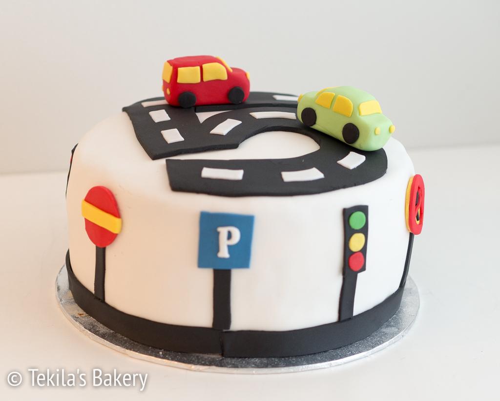 liikennemerkki-kakku