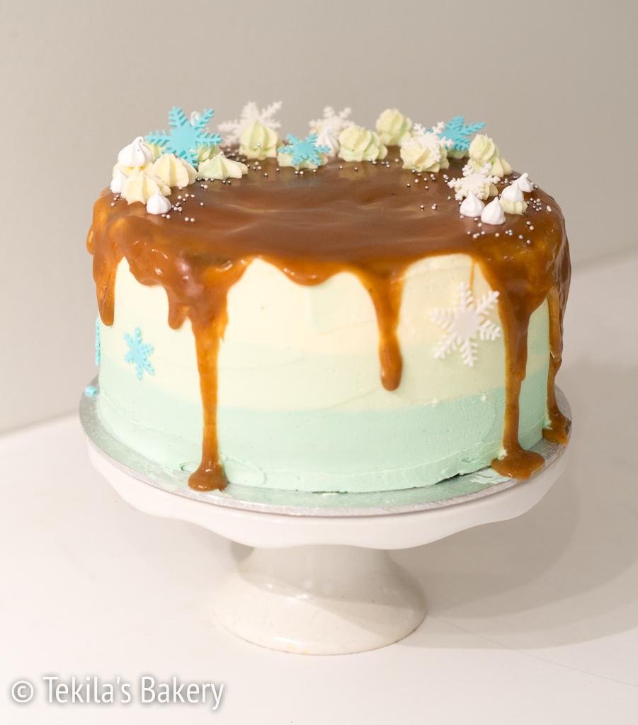 Talvinen kakku pikkujouluihin