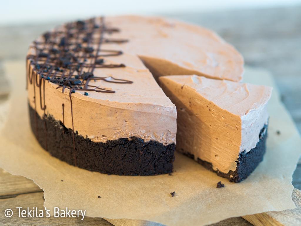 liivatteeton suklaakakku